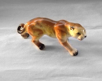 Vintage Porcelain Cougar Figurine • Mountain Lion • Puma • Jaguar • North American Wildlife • Porclelain Collectable