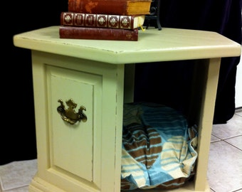 Vintage Wood Side End Table Dog/Pet Bed Hand Painted Hexagon Nightstand Shabby Chic Cottage