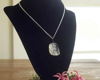 White/Clear Purple Wire Wrapped Pendant Necklace