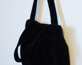 15% OFF 1990s Black Velvet Velcro Bag