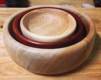 Set of Nesting Bowls