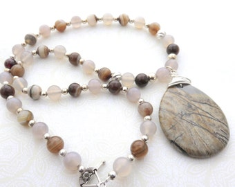 Long Agate Beaded Necklace, Grey and Brown Gemstone Necklace, Wire Wrapped Gemstone Pendant, Boho Beaded Necklace, Agate Fashion Necklace