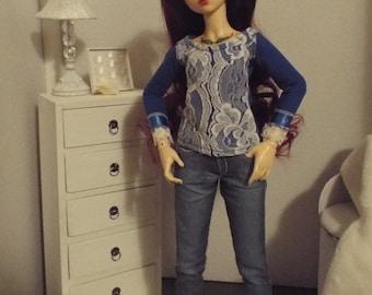 "Blue Lace Front T-shirt -- 16"" Fashion Dolls"