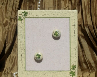 Memory Memo Bulletin Note Message Board and Push Pins Wedding or Shower Favor Victorian Country Shabby Ivy Vine Distressed Chipped Paint