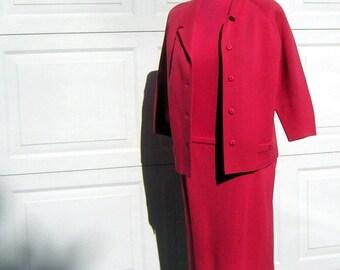 Coral Pink Wool Knit Suit Vintage 60s - 3 pieces  Dorce Size 14