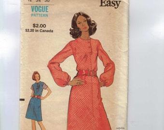 1970s Vintage Sewing Pattern Vogue 8316 Misses Easy A-line Dress Size 12 Bust 34 70s 99