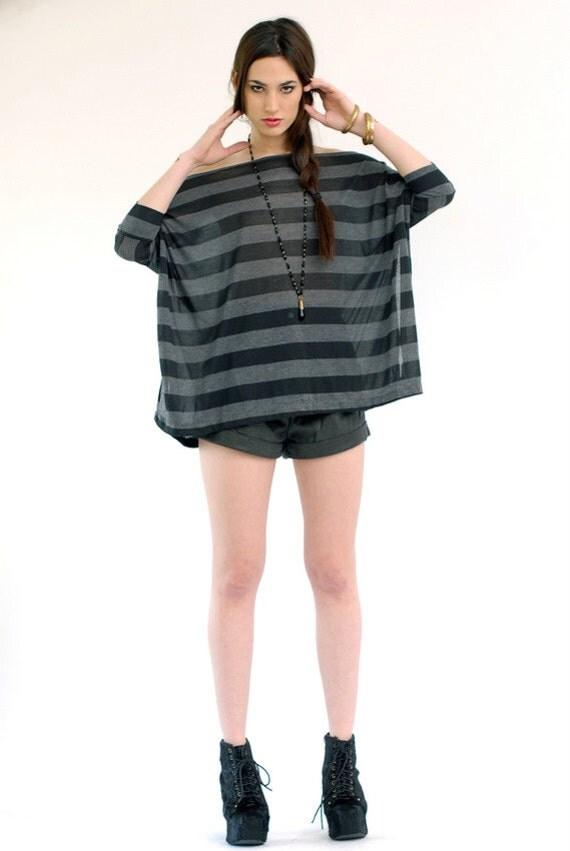 Babooshka  Vent-Tee in Banded Stripe Short Sleeve Open Side Seam Vented Tunic Shirt