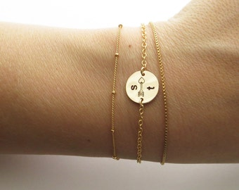 Stamped Disc • Arrow & Initials • Minimal Bracelet • Modern Jewelry • Stacking Bracelet • Perfect Layering Bracelet • Personalized  Jewelry