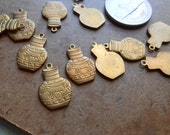 5 pc vintage old new stock conestoga wagon charms - vintage american brass solid pendants