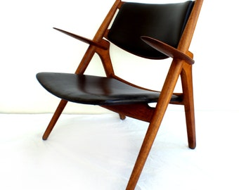 Early Hans Wegner Sawbuck Lounge Chair CH-28 Carl Hansen & Son Mid Century Modern