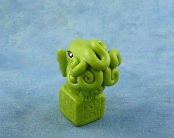 Bright Green Cthulhu Figure with Base - Original Horror Sculpture Inspired by H.P. Lovecraft