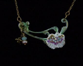 Laura's Garden - necklace