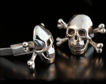 Skull Cuff Links Skull Cufflinks Skull and Crossbone Cufflinks Skull and Cross Bone Cuff Links Biker Jewelry Mans Jewelry Gift For Dad