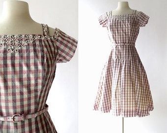 Vintage 50s Dress / Carousel Summer Dress / Pink Gingham Dress / 1950s Pink Dress / 1950s Dress / S M