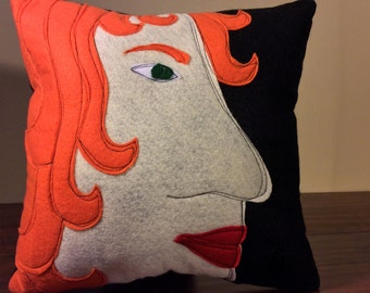 Funky Pillow | Face Pillow | Redhead | Funky throw pillow | Unique decorative pillow | Face profile - Made to order