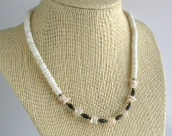 White Heishe Shell and Pink Shell Chip Necklace - Natural Coral