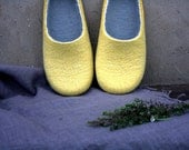 Sol / Felted wool slippers are ready to ship