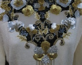 UNWORN medium NIGHT GARDEN Jeweled Collar, sequined beaded sweater necklace dress, like new with tag nwt