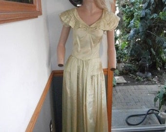 Vintage 1950's Yellowish/Green Party Lines  Domb Full Length Gown Womens