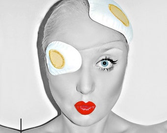 White & yellow fried egg hat fascinator on clip