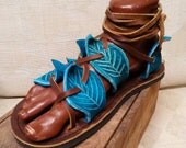 Gladiator Leaf Sandals in Turquoise / Handmade Leather Sandal Flat Lace Up Straps Greek Medieval Renaissance Faerie Fairy Faerie