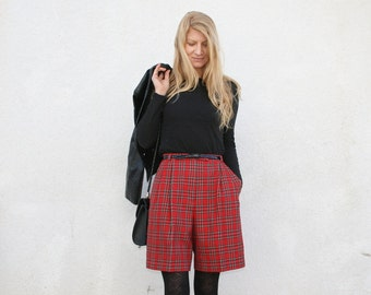 Vintage 80s High Waisted Shorts - Tartan Plaid  - Preppy - S M