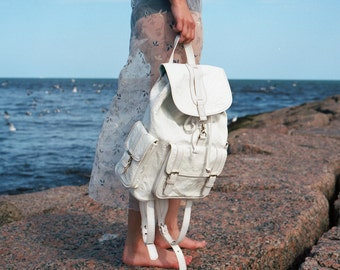 Tooled Leather Backpack in White//Jubileo//