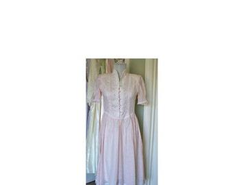 Vintage 1980s pink Gunne Sax cotton dress
