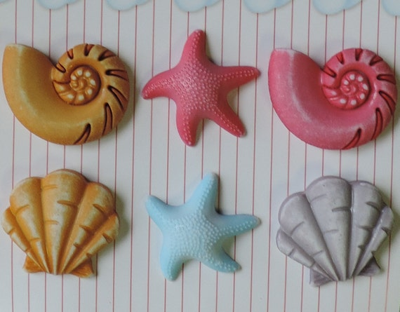 Seashell Buttons, Carded Buttons by Buttons Galore, 6 Shank Back Buttons