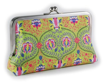 Decorative green clutch purse