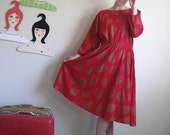 Vintage Mid Length Print Dress 70s 80s Red and Gold Midi Dress