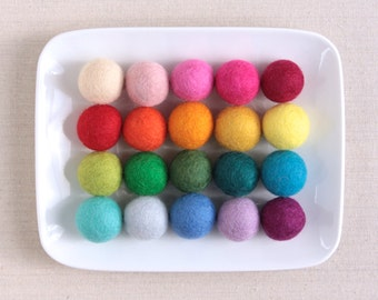 Felt Pom-Poms 3cm // Felt Balls by Benzie // Large Felt Balls, Felt Beads, Felt Garland, Wool Pom-Poms, DIY Garland Kit, Felted Balls