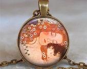 Klimt's Mother and Child art pendant, Klimt art jewelry, Klimt art pendant, Mother's Day gift, baby shower gift keychain key chain key fob
