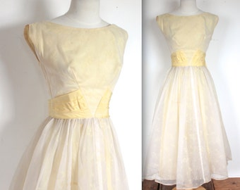 Vintage 1950's Dress // 50s Buttermilk Yellow and Cream Leaf Flocked Party Dress with Bow Sash // DIVINE