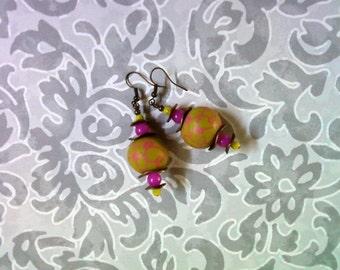 Chartreuse and Fuschia Earrings(1986)