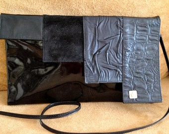 Stylish 80s patent leather shoulder bag /  clutch