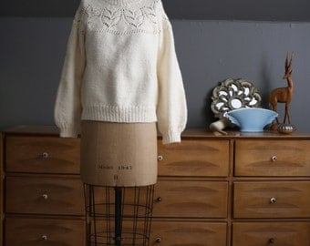1980's Cream Hand Knit Sweater with Pointelle Yoke Size Small