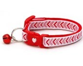 Valentines Day Cat Collar - Cupid's Arrow Mini Heart Chevrons - Kitten or Large Size
