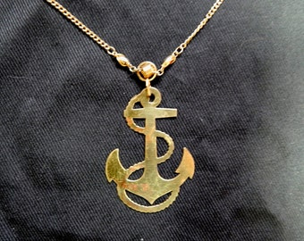Very large 50's 60's vintage gold metal anchor nautical bombshell pin up rockabilly necklace pendant