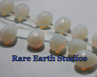 Opalite Beads Briolette 8x13mm 60215080