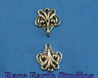 17x15 Sterling Silver Fancy Hook and Eye 60415024