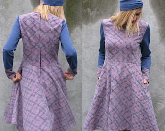 Creative Long Sleeve Asymmetrical Flared Dress - Vintage Material - Pink / Turquoise