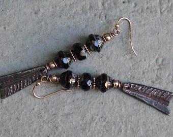 Boucles D'Oreilles Noires/Black Earrings/Czech Glass/Gold