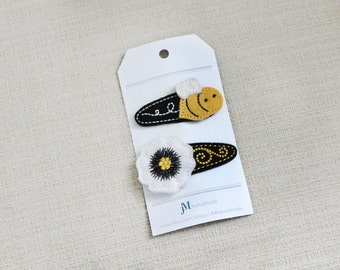 Busy Bee and White Poppy swirl flower 2 pack 100% Wool Felt Snap clips