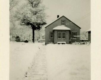 """Vintage Photo """"Cozy Winter"""" Snow Season House Home Snapshot Photo Old Antique Photo Black & White Photograph Found Photo Paper Ephemera - 83"""