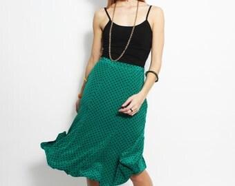 Vintage 1980s silk Julie Francis green and black polka dot trumpet skirt - size 10 S M