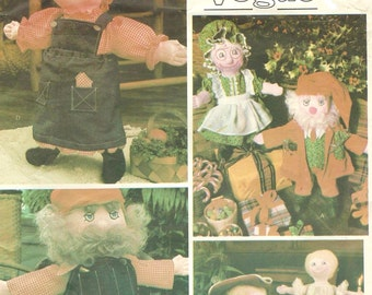 1970s 16 Inch Dolls and Clothes Little Vogue Sewing Pattern 1546 UnCut Christmas Dolls Colonial Dolls Fabric Doll Pattern