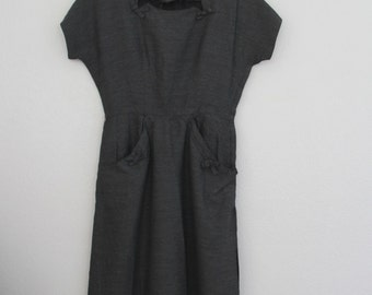 1940s Day Dress Ann Kauffman Gray Wiggle Style Square Neck Pin Up Womens Vintage Medium