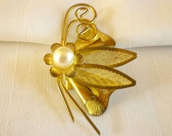 Butterfly Pin Brooch with Pearl, Gold Tone Butterfly Brooch, Butterfly Jewelry
