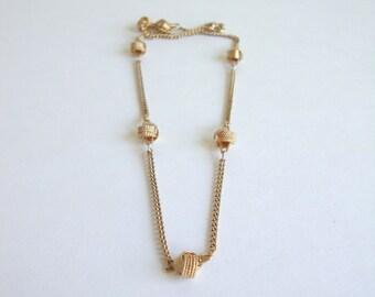 Vintage Love Knot Necklace: Love Knots vintage gold tone Avon infintity knot knotted necklace